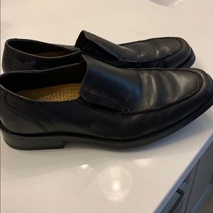 Black Coke Haan loafers size 9